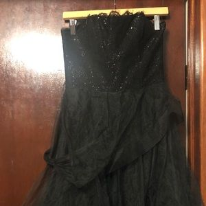 Alvina Valenta Black Dress